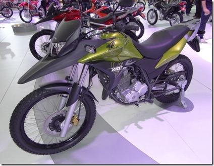 honda-xre-300-verde-metalico